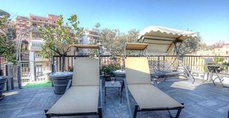 特里卢萨宫温泉酒店及会议中心 - 罗马 - 阳台