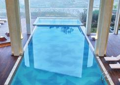 泰姬陵维瓦塔-瓦卡新德里酒店 - 新德里 - 游泳池