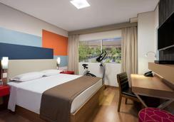 温德姆 Tryp 圣保罗瓜鲁柳斯机场酒店 - 瓜鲁柳斯 - 睡房