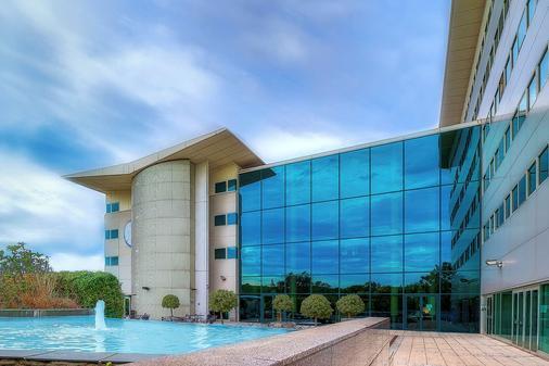 阿罗拉盖特威克/克劳利酒店 - 克劳利 - 建筑
