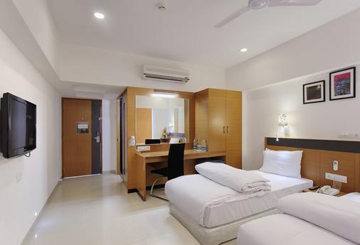 嗨5体验酒店 - 纳西克 - 睡房