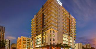 迈阿密布里克尔雅乐轩酒店 - 迈阿密 - 建筑