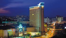 吉隆坡龙城(谷中城)酒店 - 吉隆坡 - 建筑