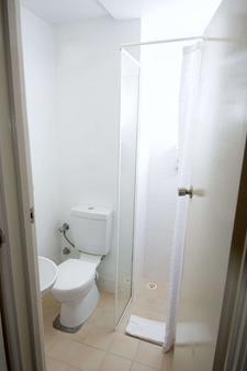 珀斯穆瑞街酒店 - 珀斯 - 浴室