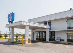 西孟菲斯AR-6号汽车旅馆 - 西孟斐斯 - 建筑