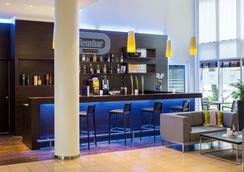 汉堡霍纳伦班nh酒店 - 汉堡 - 酒吧