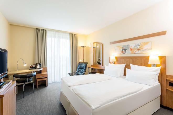 汉堡霍纳伦班nh酒店 - 汉堡 - 睡房