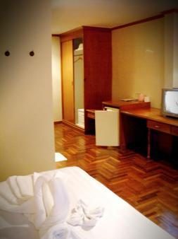 Bbb旅馆 - 曼谷 - 睡房