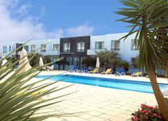 谷船酒店 - 卡佩拉什 - 游泳池