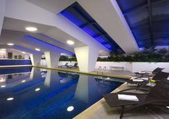 澳门皇都酒店 - 澳门 - 游泳池