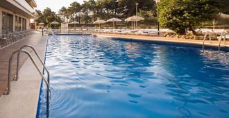 H 顶级皇家之星 SPA 酒店 - 罗列特海岸 - 游泳池