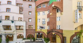 布达佩斯科文大酒店 - 布达佩斯 - 建筑