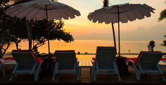 利马可可度假村 - 沙美岛 - 露台