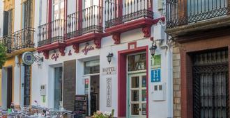 圣卡耶塔诺酒店 - 隆达 - 建筑