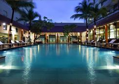 西贡宾乐雅酒店 - 胡志明市 - 游泳池