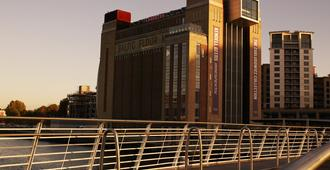 纽卡斯尔皇冠假日酒店 - 史蒂芬森区 - 泰恩河畔纽卡斯尔 - 建筑