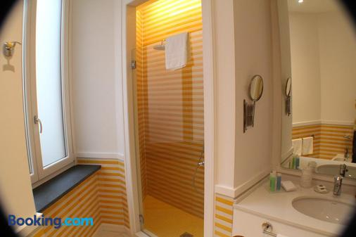 帕拉索贾露西黎莱斯酒店 - 索伦托 - 浴室
