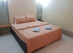 韋拉吉特大酒店 - 乌隆 - 睡房
