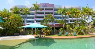 里维埃拉公寓 - 赫维湾 - 游泳池