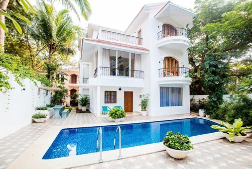 阿瓜安克雷奇 - 别墅度假酒店 - 帕纳吉 - 游泳池