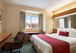 拉斐特戴斯套房酒店 - 拉斐特 - 睡房