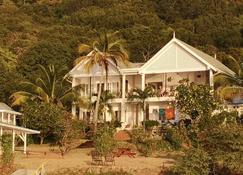 绿色屋顶酒店 - Carriacou - 建筑