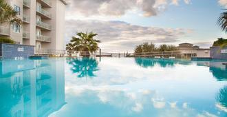 加尔维斯顿假日酒店海滩度假村 - 加尔维斯敦 - 游泳池