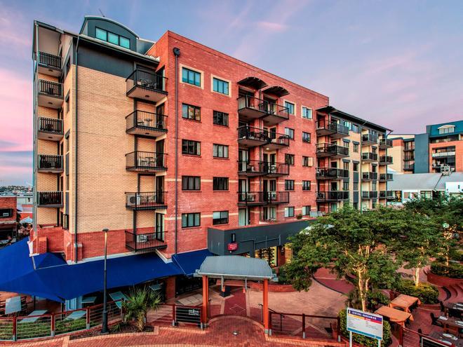 布伦斯瑞克中央公寓酒店 - 布里斯班 - 建筑