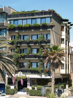 维亚雷焦圣弗朗西斯科酒店 - 维亚雷焦 - 建筑