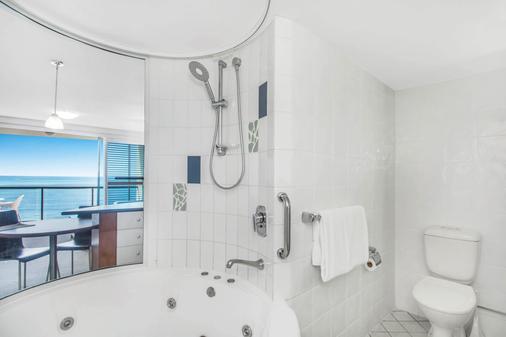 蒙特拉木陆拉巴海滩酒店 - 穆卢拉巴 - 浴室