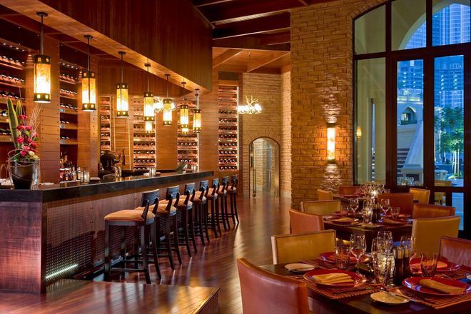 迪拜市中心宫酒店 - 迪拜 - 酒吧