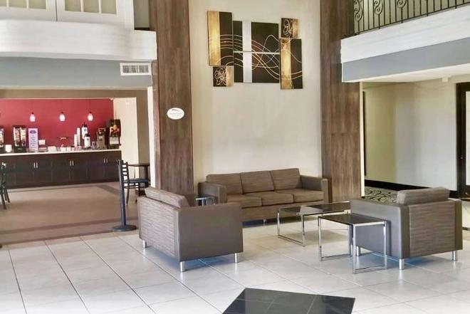 阿瑟港贝蒙特套房酒店 - 阿瑟港(德克萨斯州) - 大厅