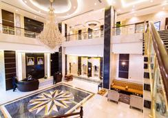 多哈金色郁金香酒店 - 多哈 - 大厅