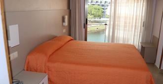 马里纳酒店 - 佩尼斯科拉 - 睡房