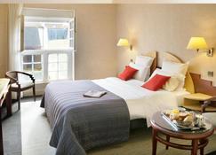 贝斯韦斯特普瓦捷酒店 - 普瓦捷 - 睡房