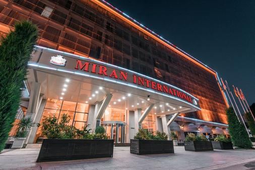 米朗国际酒店 - 塔什干 - 建筑