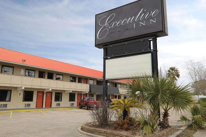 行政酒店 - 巴拿马城海滩 - 巴拿马城海滩 - 建筑
