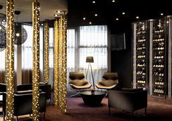 铂尔曼巴黎德芬斯度假酒店 - 库尔布瓦 - 休息厅