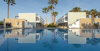 阿波罗风车酒店 - 科斯镇 - 游泳池