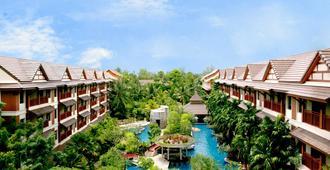 卡塔棕榈温泉度假村 - 卡伦海滩 - 户外景观