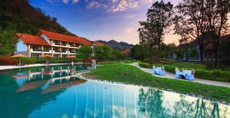 考艾贝丽别墅度假村 - 白昌 - 游泳池