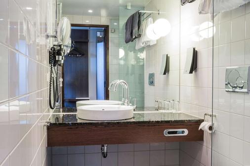 凯瑞华晟酒店-保斯特 - 哥德堡 - 浴室