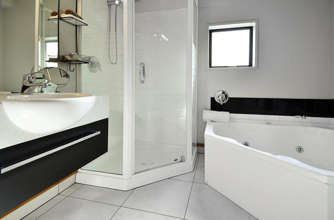 纳尔逊棕榈汽车旅馆 - 纳尔逊 - 浴室