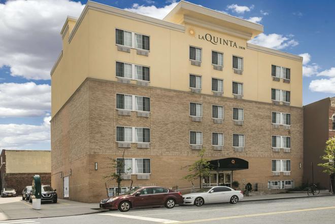 布鲁克林市中心拉奎恩塔套房酒店 - 布鲁克林 - 建筑