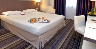 波尔多市中心美居别墅酒店 - 波尔多 - 睡房