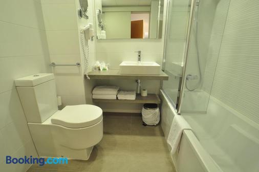 哈卡皇家水疗酒店 - 哈卡 - 浴室