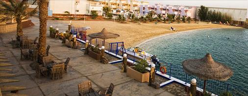 海豚海滩度假酒店 - 廷布