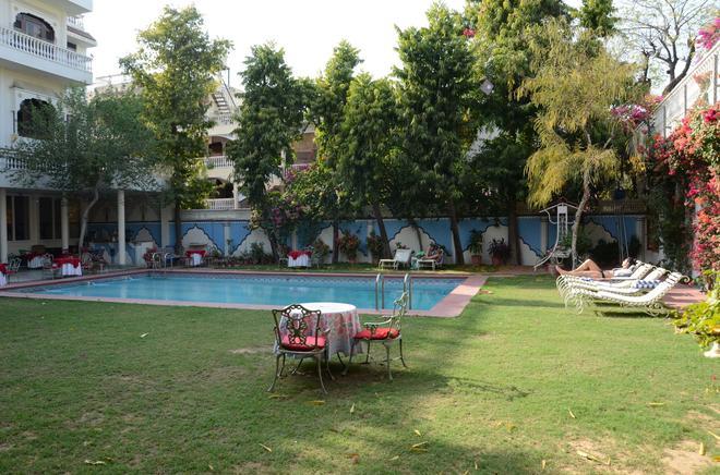 梅格尼瓦思酒店 - 斋浦尔 - 游泳池