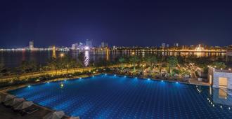 索卡金边酒店 - 金边 - 游泳池