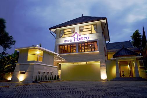 锡布乌莹迪贝拉酒店 - 万隆 - 建筑